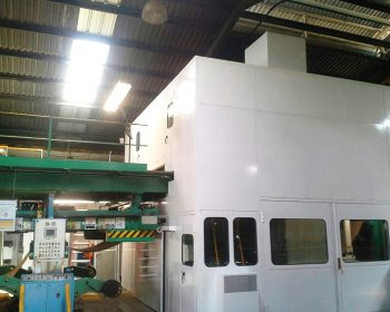 Soundproof cabin for cardboard corrugating machine