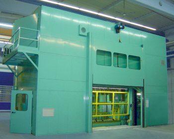 Soundproof enclosure for 400 tn transfer press