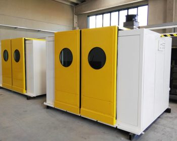 Soundproof cabin for decoring machineries